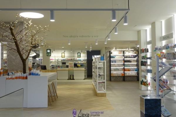 farmacia-sanchez-gijon-16DA574A17-A119-1B5E-FFE7-292A6636B7FD.jpg